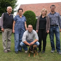Rodina Čtrnáctých - farmáři